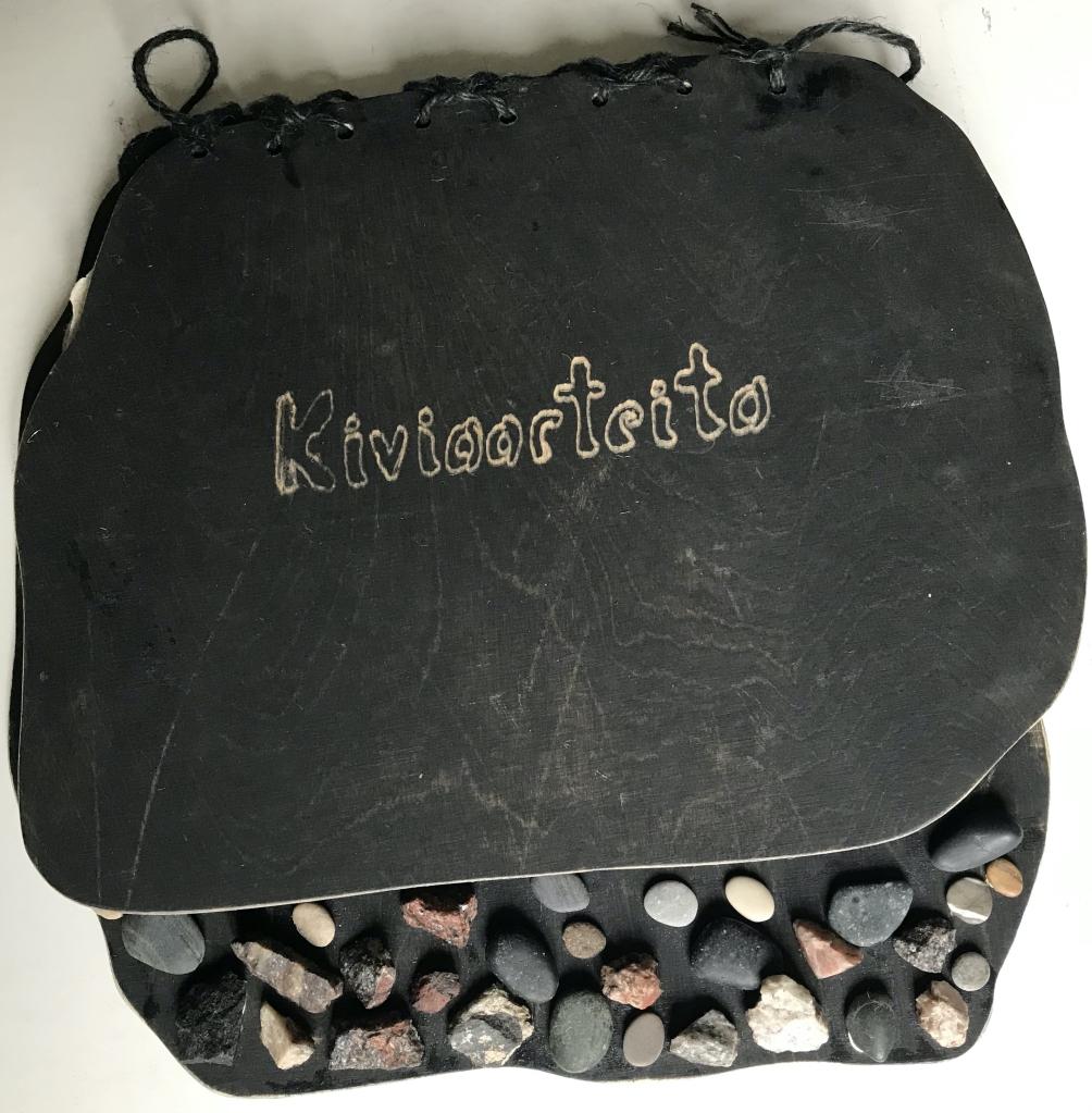 """""""Kiviaarteita"""" Stonetreasures -watercolor book"""
